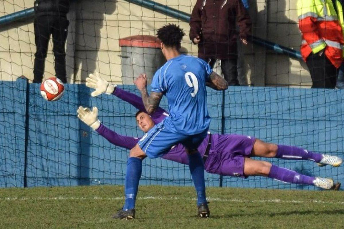 Foto:Vía facebook.com/pages/Clitheroe-Football-Club