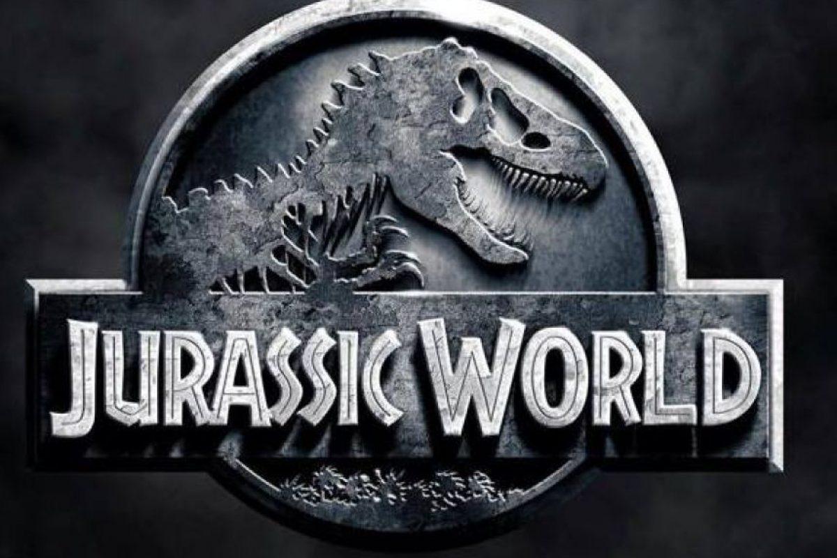 """Esta nueva cinta, protagonizada por Chris Pratt, se sitúa 22 años después de los eventos ocurridos en el filme """"Jurassic Park"""" de 1993. Foto:Vía facebook.com/visitjurassicworld"""