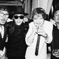Celebrando el cumpleaños de Ed Sheeran Foto:Instagram.com/JustinBieber