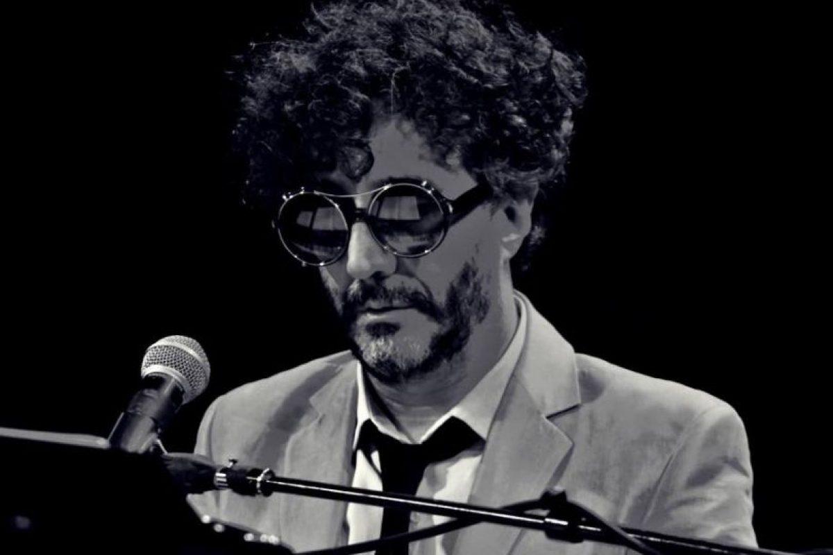 El rockero argentino se llama Rodolfo Páez Ávalos. Foto:vía Facebook/Fito Páez
