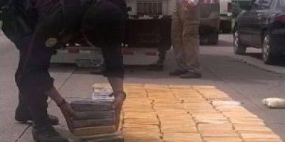 Capturan a 8 cuando transportaban 545 kilos de cocaína