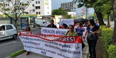 Compañeros protestan en apoyo a enfermeras #CasoIGSS-Pisa