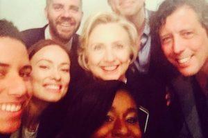 """Diversos actores y actrices, incluyendo a Uzo Aduba de """"Orange is the New Black"""" y Olivia Wilde Foto:Instagram.com/HillaryClinton"""
