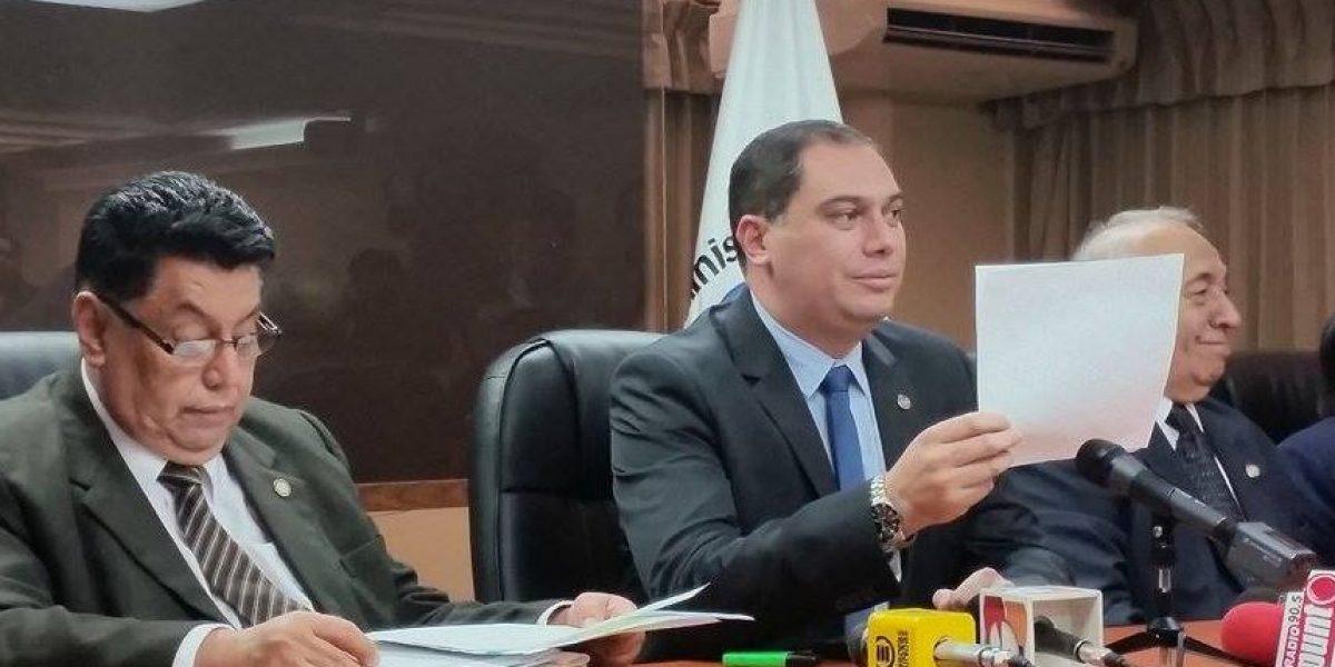 Ministro de Salud dice que PDH miente sobre la crisis