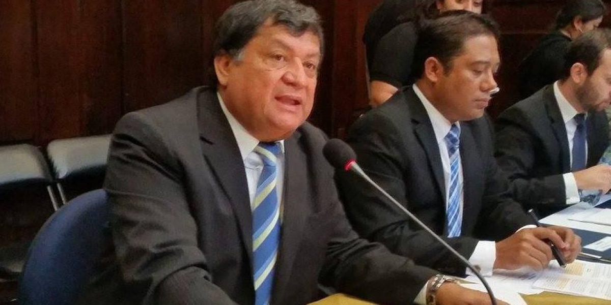 Baudilio Hichos renuncia como presidente de la pesquisidora por antejuicio
