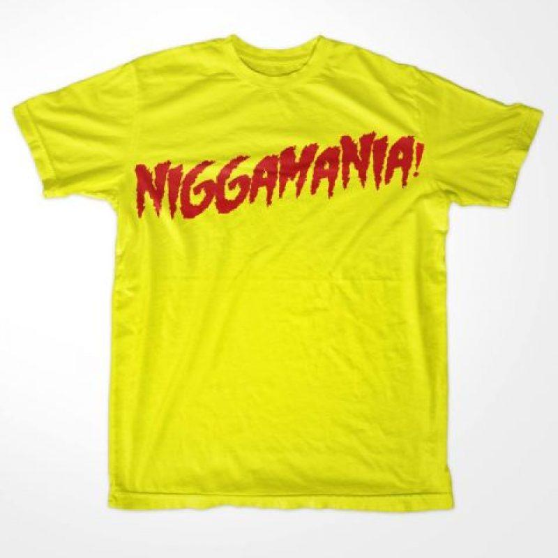 """La camiseta de """"Hulkmanía"""" fue cambiada a """"Niggamanía"""". Foto:facebook.com/WWEMEMES"""