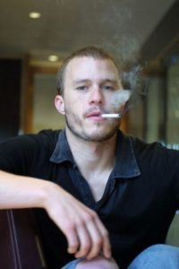 """Heath Ledger, en la premier de """"Ned Kelly"""". Murió por sobredosis de pastillas. Foto:vía Getty Images"""