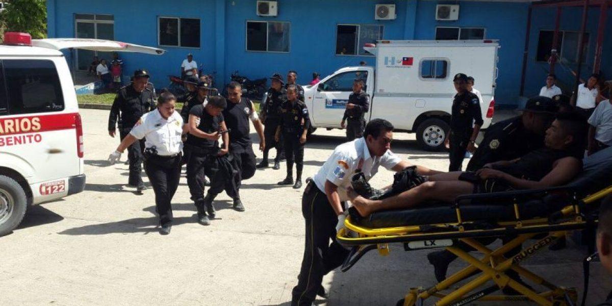 Desalojo en Petén termina en un enfrentamiento a balazos entre Policía y campesinos