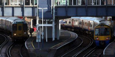 Un tren de alta velocidad alcanza hasta 200 kilómetros por hora Foto:Getty Images