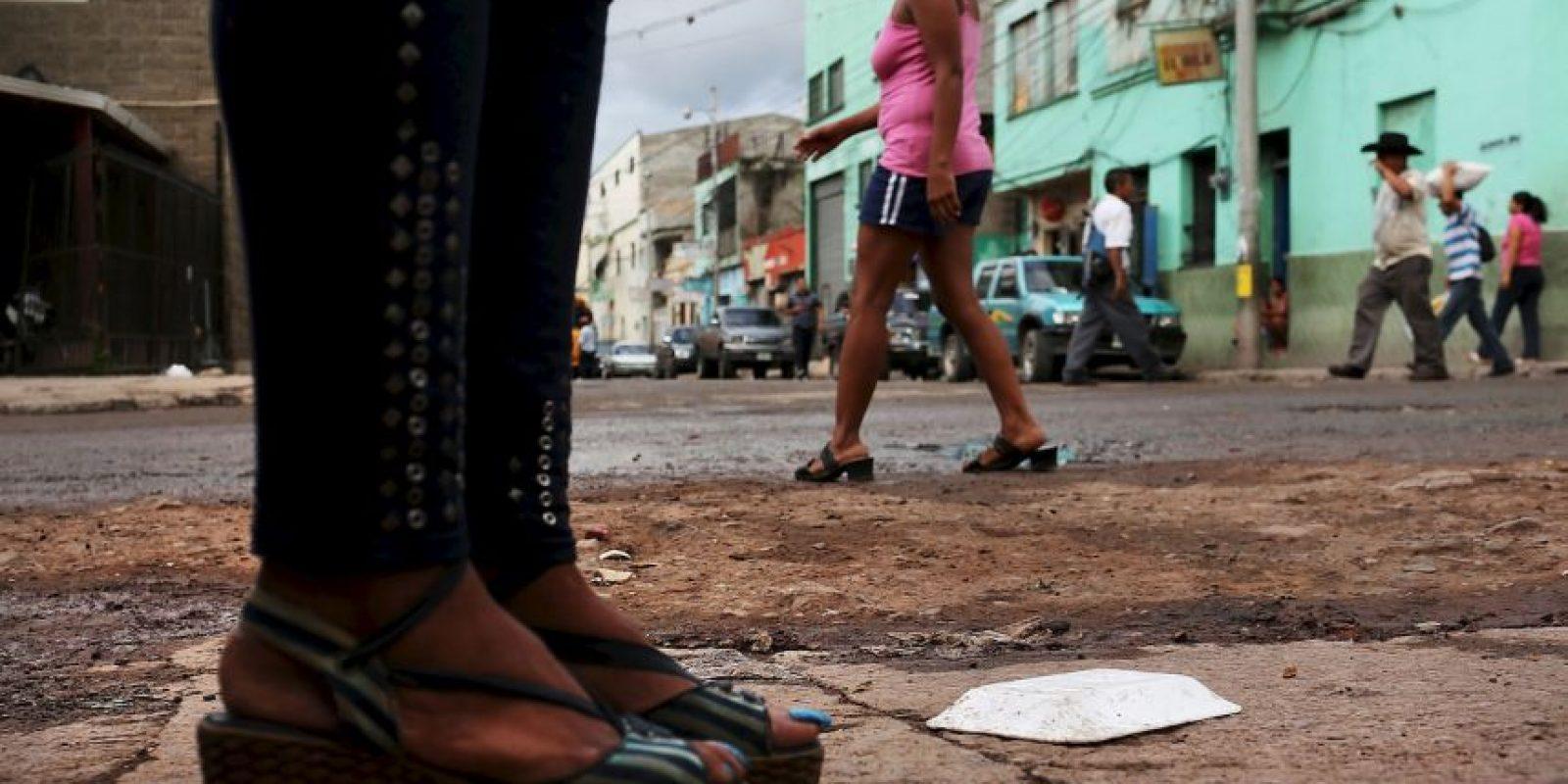 La violencia sexual es cualquier acto sexual, la tentativa de consumar un acto sexual u otro acto dirigido contra la sexualidad de una persona mediante coacción por otra persona, independientemente de su relación con la víctima, en cualquier ámbito. Foto:Getty Images