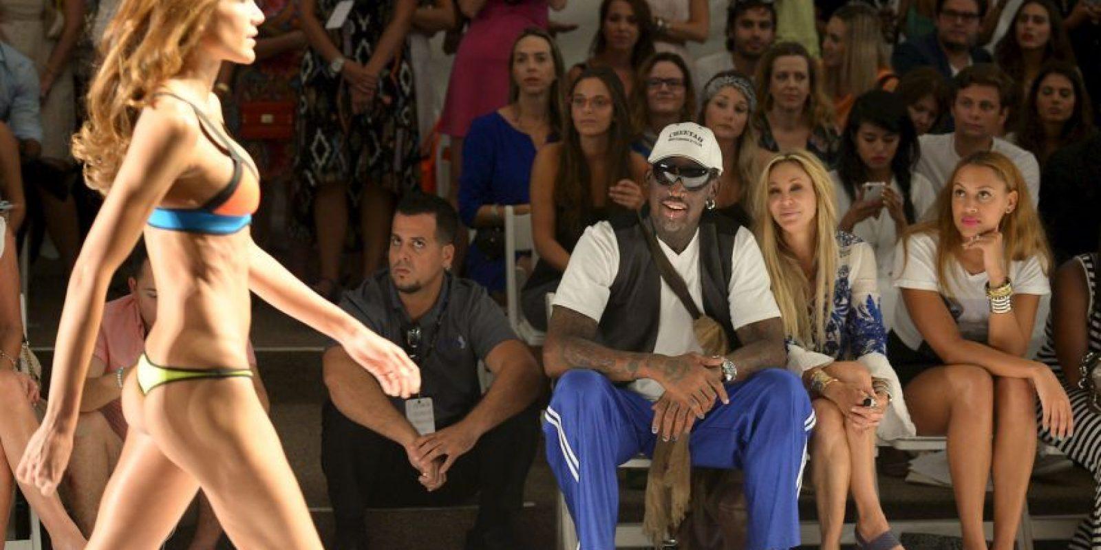 """El exbasquetbolista se dejó ver en el """"Mercedes Benz Miami Fashion Week Swim"""" Foto:Getty Images"""