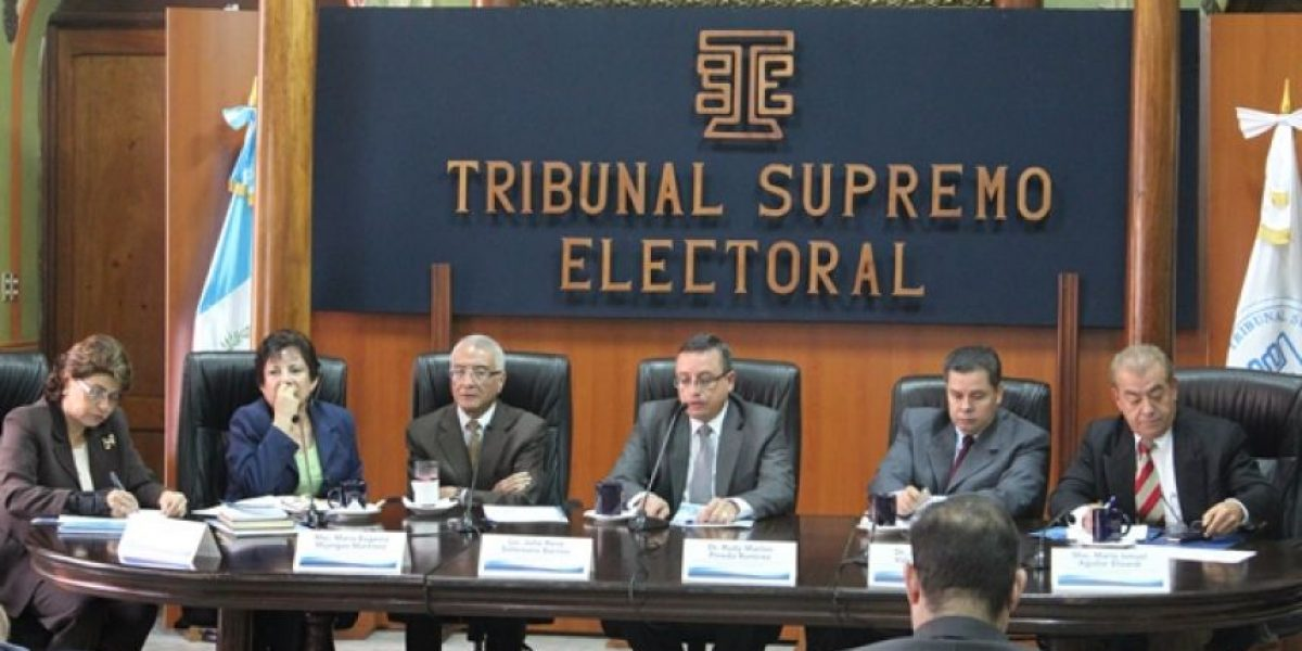 Magistrada del TSE responde a antejuicio y otras noticias