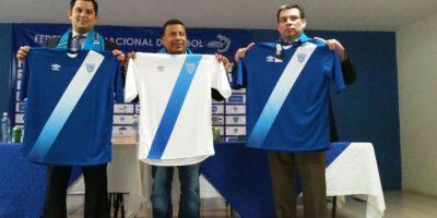 Guatemaltecos critican la nueva camisola de la Selección de futbol