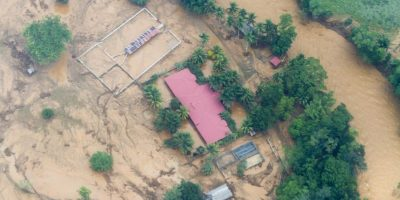 Fotos: El sobrevuelo por el desborde de dos ríos en Izabal que mantiene en alerta preventiva