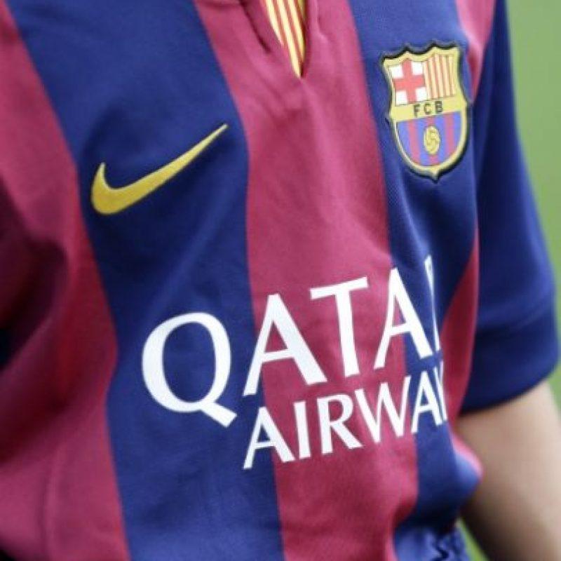 Esta es la camiseta oficial de la temporada 2014-2015. Foto:Getty Images