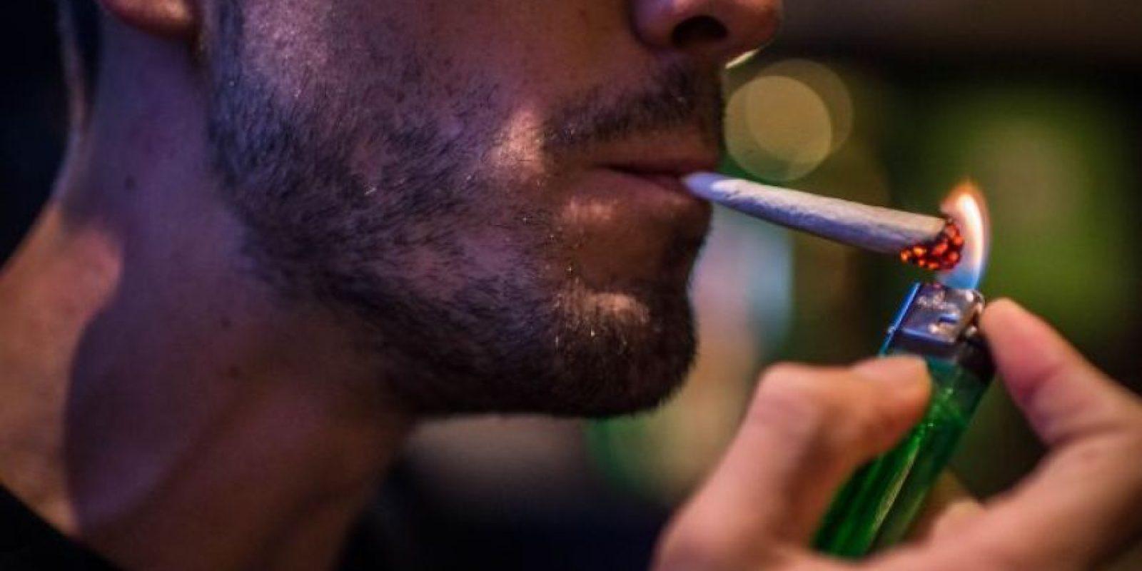 2. El cannabis duplica el riesgo de desarrollar trastornos psicóticos de desarrollo como la esquizofrenia en adolescentes. Foto:vía Getty Images