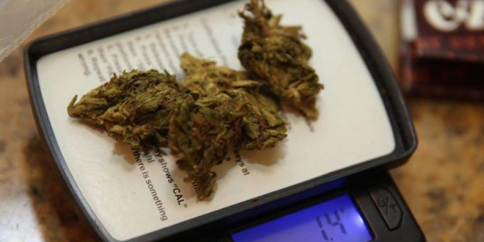 5. Conducir después de haber fumado marihuana, duplica el riesgo de un accidente. Foto:vía Getty Images