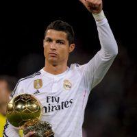 Por ahora, el lusitano tiene el récord de ser el jugador con más goles en una edición de la Champions League (17), pero ahora, deberá meterse a otra pelea con Lionel Messi para quedarse con el título de goleador histórico de este torneo, pues ambos tienen 77 tantos. Foto:Getty Images