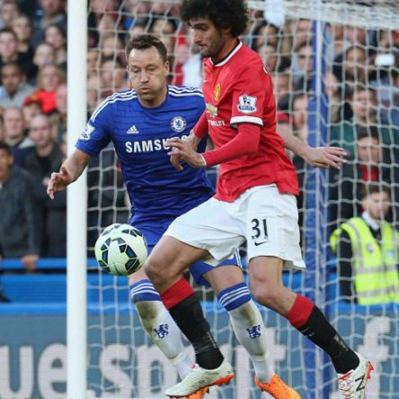 Fellaini, de 27 años, es mediocampista y juega para el Manchester United. Foto:Getty Images