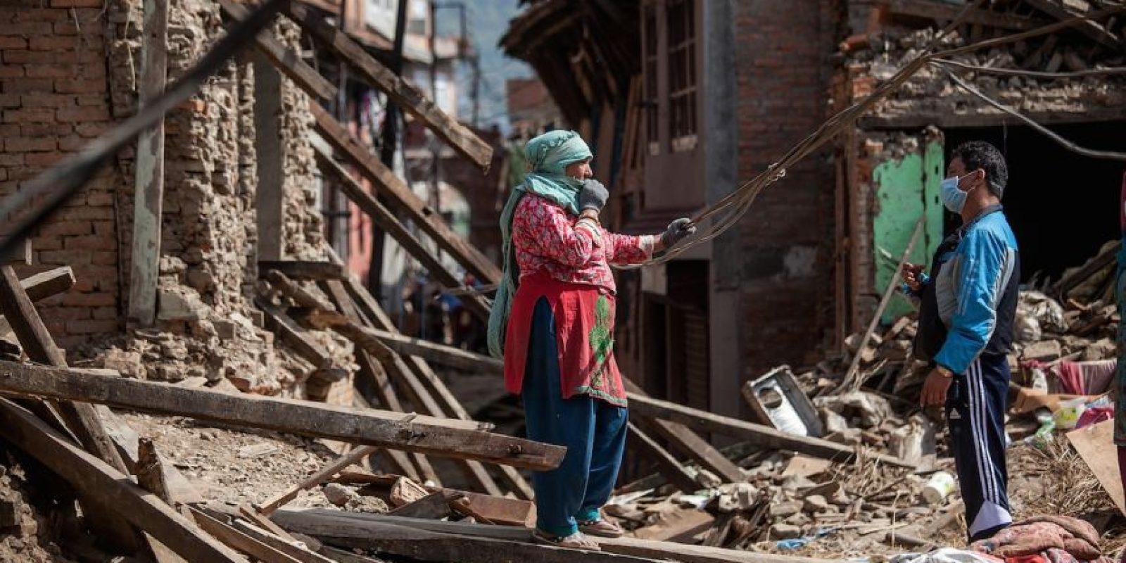 """Según """"El País"""", la alimentación ha quedado mayormente en manos de las organizaciones no gubernamentales que prestan su ayuda en el lugar. De acuerdo a UNICEP Nepal, un millón 700 mil niños necesitan ayuda alimentaria urgente. Foto:Getty Images"""