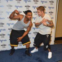 El cantante Justin Bieber y Floyd Mayweather tienen una profunda amistad desde hace varios años. Foto:Getty Images