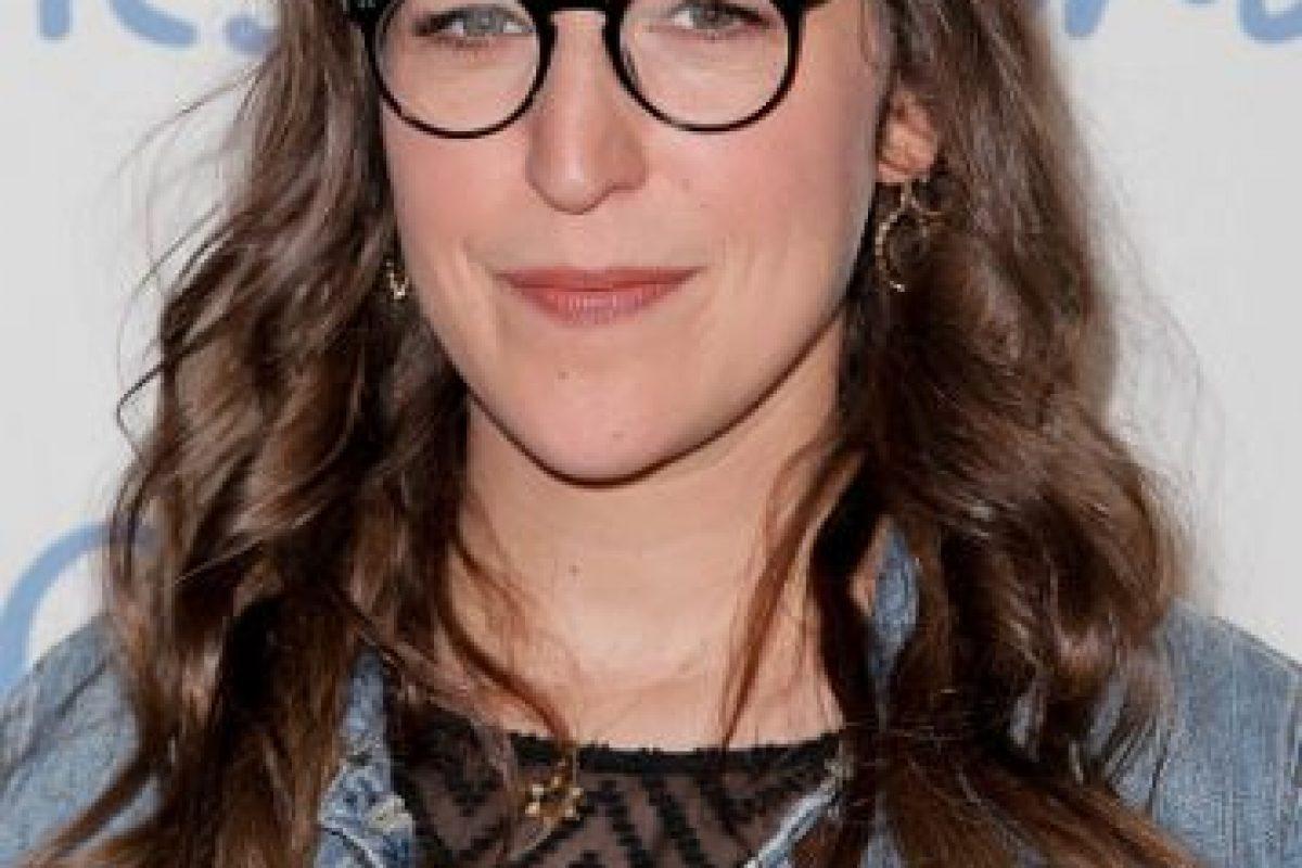 """Ahora es un genio académico y es la novia de """"Sheldon"""" en """"The Big Bang Theory"""". Foto:vía Getty Images"""