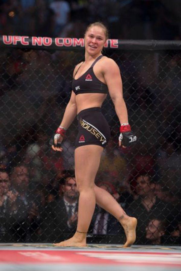 Esto ha provocado varios polémicos mensajes del boxeador a la campeona de la UFC. Foto:Getty Images