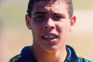 Debutó a los 17 años con el Cruzeiro de Brasil. Foto:Getty Images