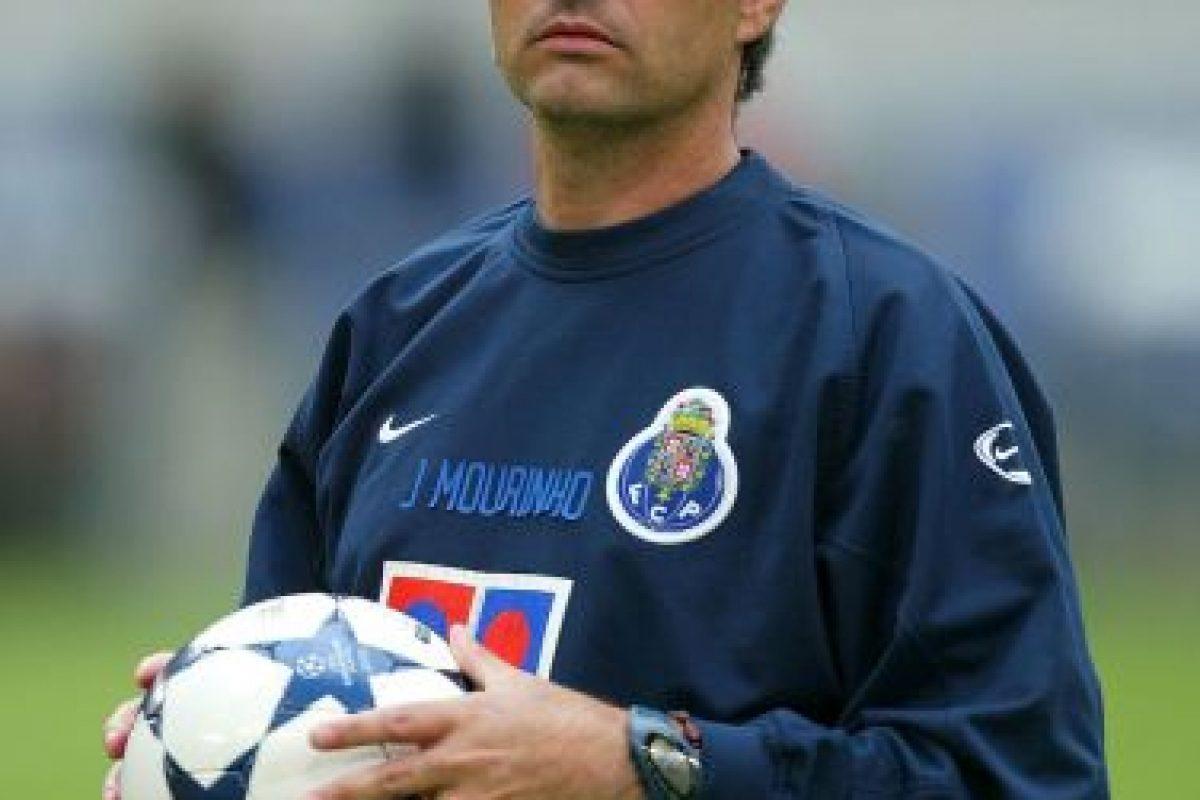 Con el Porto consiguió las Ligas de 2003 y 2004, la Copa y Supercopa de Portugal de 2003. Foto:Getty Images