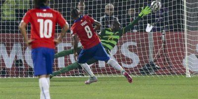 #Chile2015 frente a su público, el anfitrión derrotó 2-0 a Ecuador