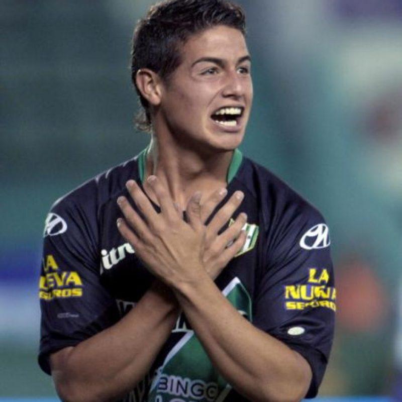 Debutó a los 14 años jugando para el Envigado de Colombia. Foto:Getty Images