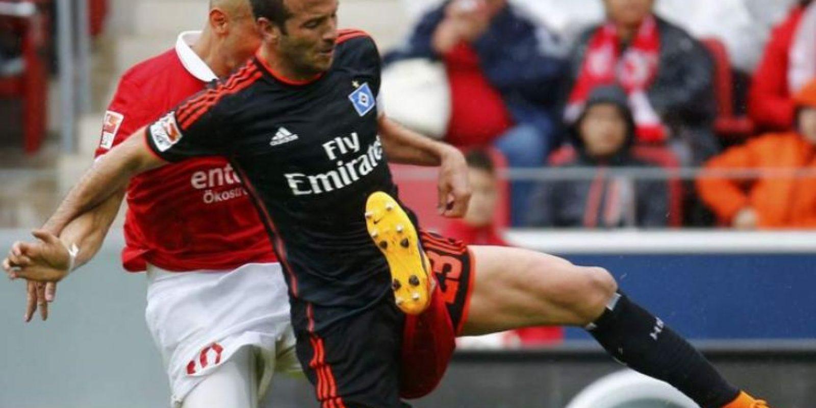 El colombiano sufrió una lesión muy fuerte en el partido de su equipo contra el Hamburgo. Foto:Publinews