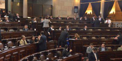 De los 84 diputados que buscan su reelección, 39 son tránsfugas