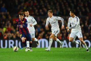 ¿Quiénes serían los futbolistas que defenderían a las Zonas Norte y Sur? Foto:Getty Images
