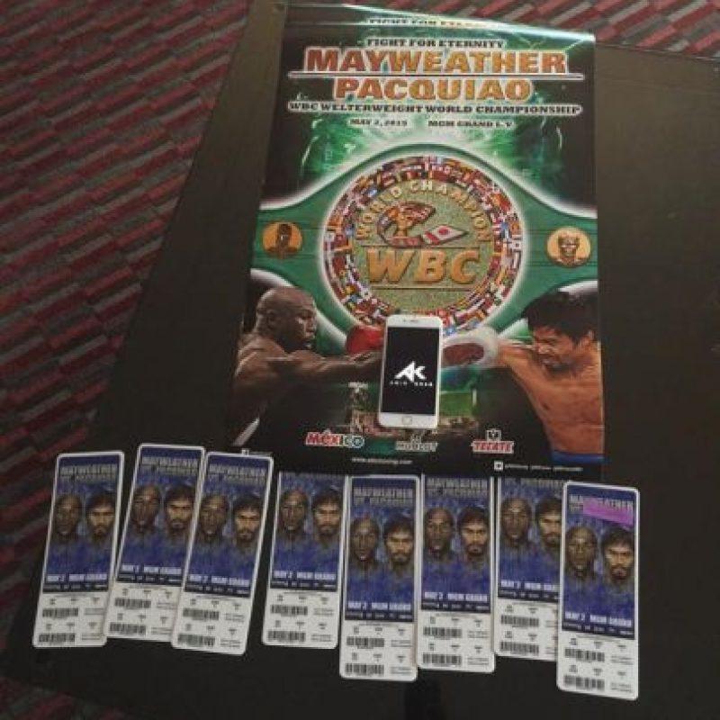 """Los boletos para la """"Pelea del Siglo"""" se vendieron en precios que iban desde los mil 500 a los 7 mil 500 dólares. Foto:Vía twitter.com/amirkingkhan"""