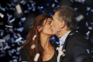 Mauricio Macri, festejando ser el candidato más votado de su alianza electoral, el segundo de la jornada Foto:AP
