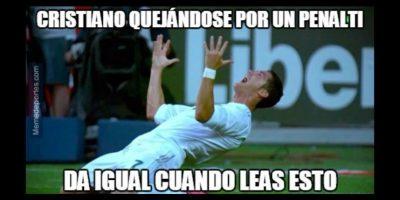 Y como siempre, Cristiano pedía sus penales. Foto:memedeportes.com