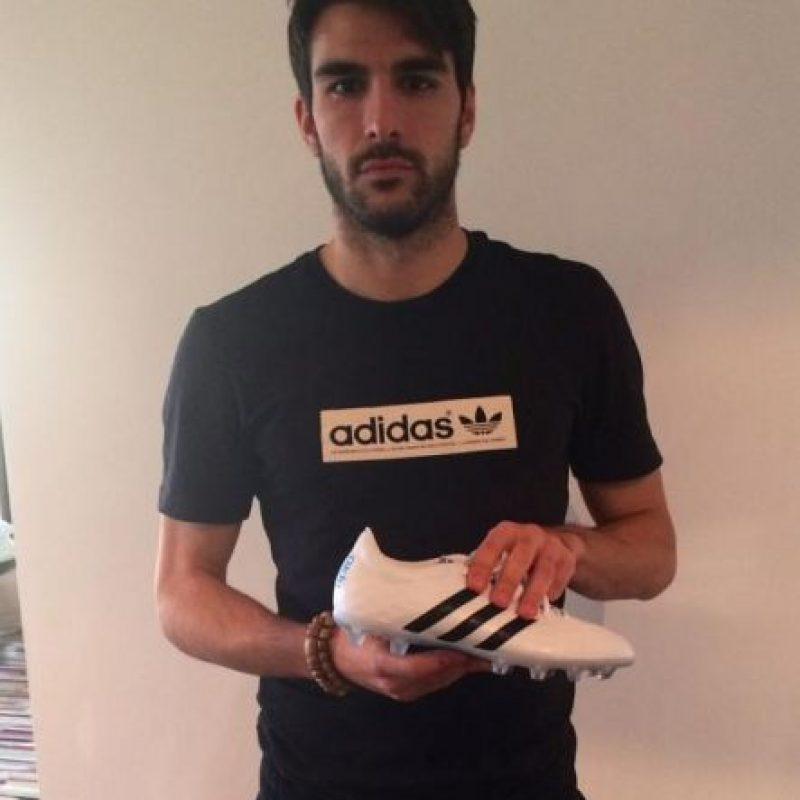 Nació en España, tiene 30 años y juega de mediocampista. Foto:Vía twitter.com/JordiGomez14