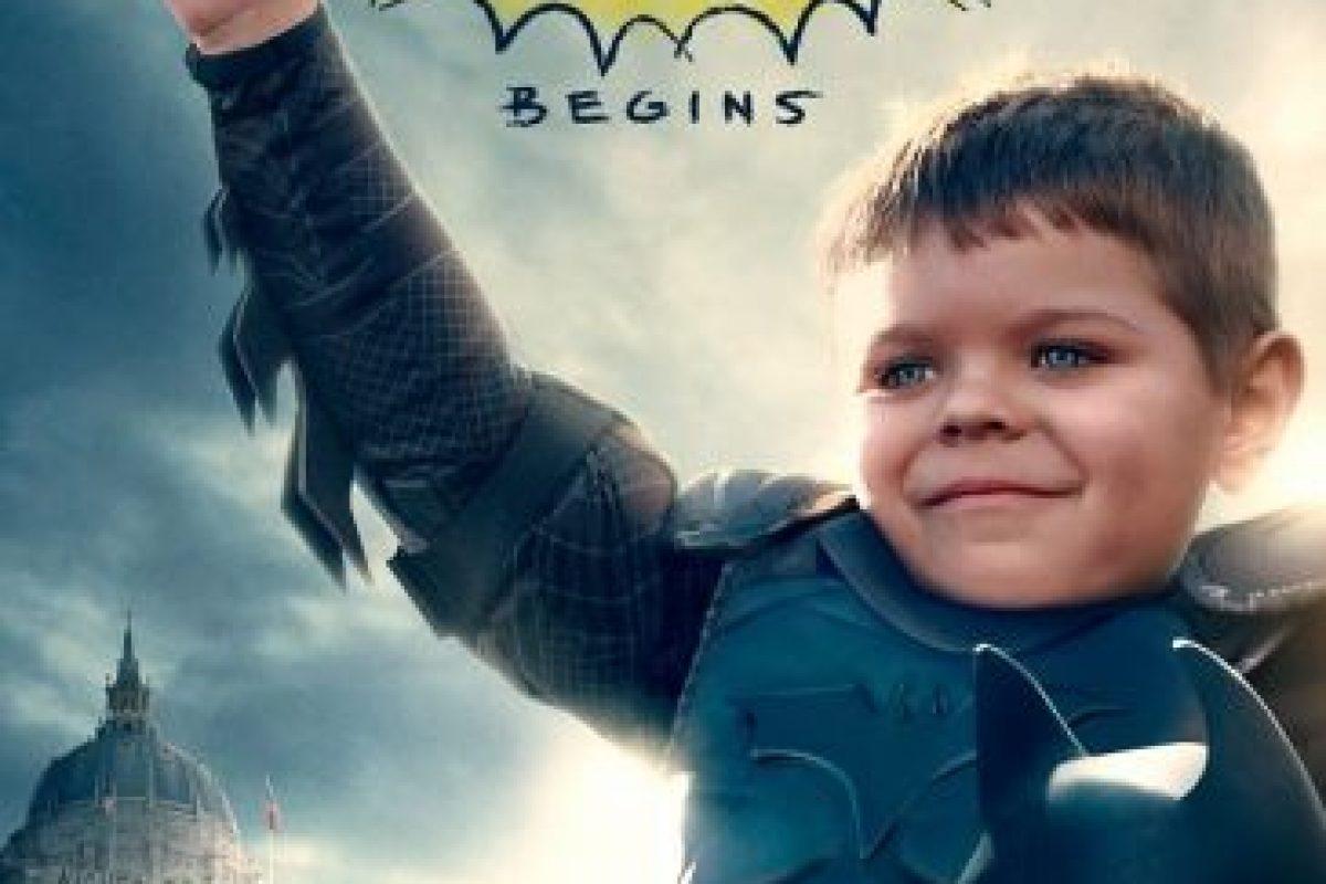"""Se le conoce como """"Batkid"""" y su película saldrá este año. Foto:vía Youtube/Warner Bros"""