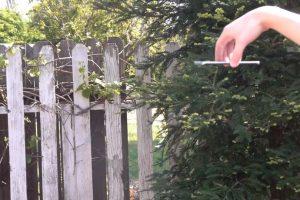 El smartphone dejado caer desde más de un metro y medio de altura. Foto:TechRax
