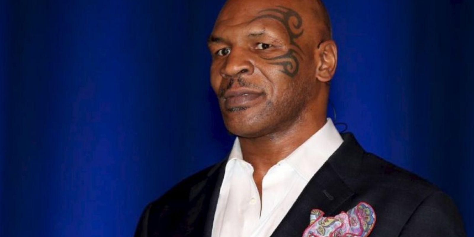 """En su pronóstico, Tyson apostó por Pacquiao. """"Los peleadores que le han dado más problemas a Manny Pacquiao son Timothy Bradley y Juan Manuel Márquez. Ellos son boxeadores que lanzan 100 golpes por round, algo que Floyd no hace"""", aseguró Foto:Getty Images"""