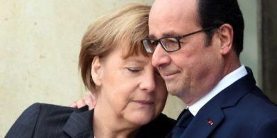 """A principios de este año, después del ataque al semanario """"Charlie Hebdo"""", se tomó esta imagen del mandatario francés Francois Hollande y la canciller alemana Angela Merkel. Foto:AFP"""