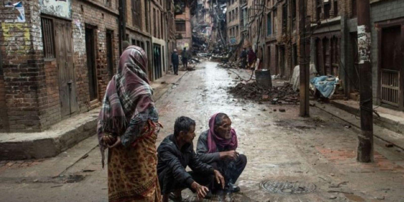 9. Los nepalíes intentan volver a la normalidad. Foto:Getty Images