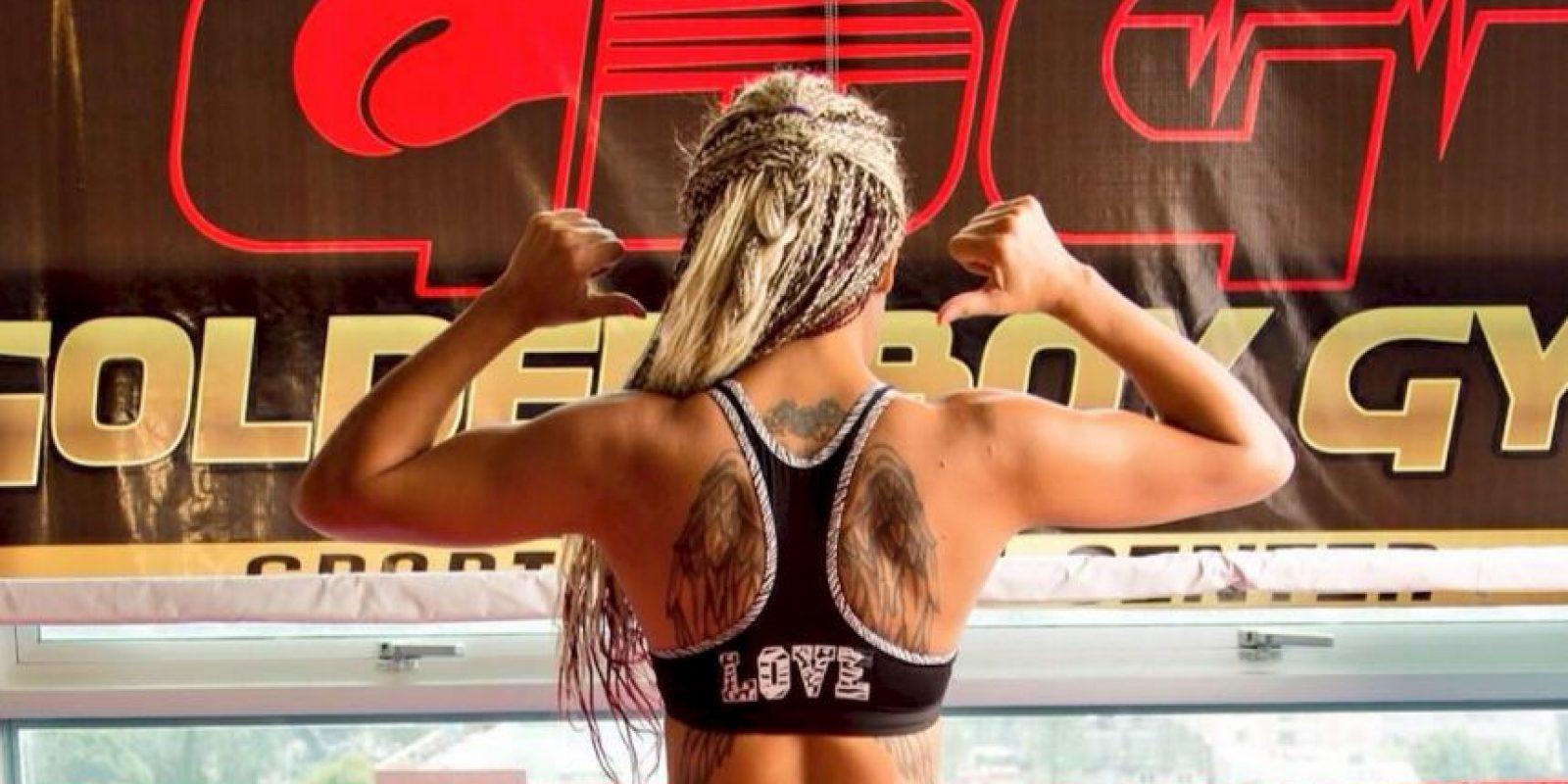 La boxeadora venció en el segundo round Foto:Vía twitter.com/maryjuarezcute