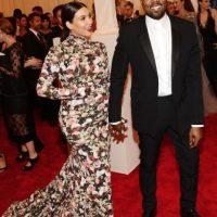 La socialité fue severamente criticada luego de lucir este diseño de Ricaardi Tisci en la alfombra roja del Met Gala. Foto:Getty Images