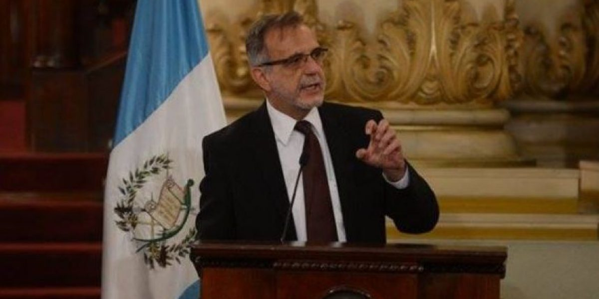 Jefe de la CICIG insta a ciudadanos a denunciar la corrupción