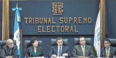 TSE no descarta consultar a CC cambiar fecha de elecciones