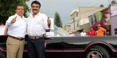 """Este candidato utiliza un """"Batimóvil"""" para ganar alcaldía Foto:Facebook.com/valentinenmovimiento"""