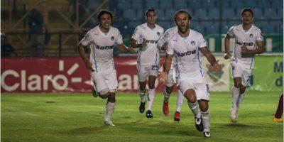 Aficionados cremas culpan a revendedores por falta de entradas para la final del Torneo Clausura