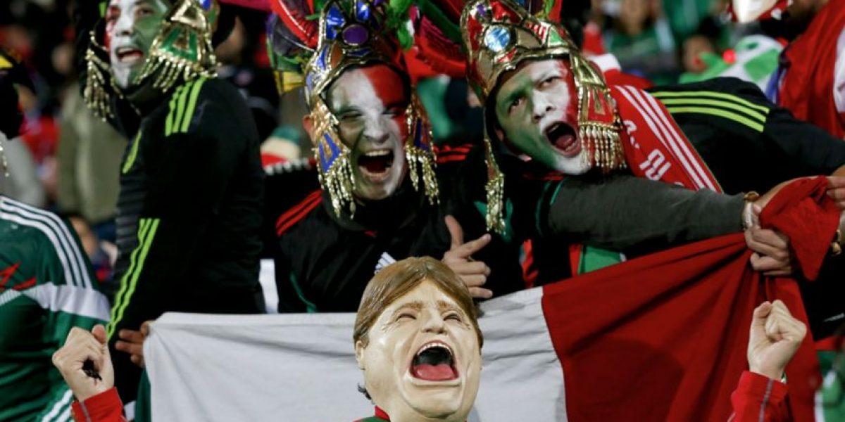 FOTOS. Los mexicanos hacen su fiesta en las gradas